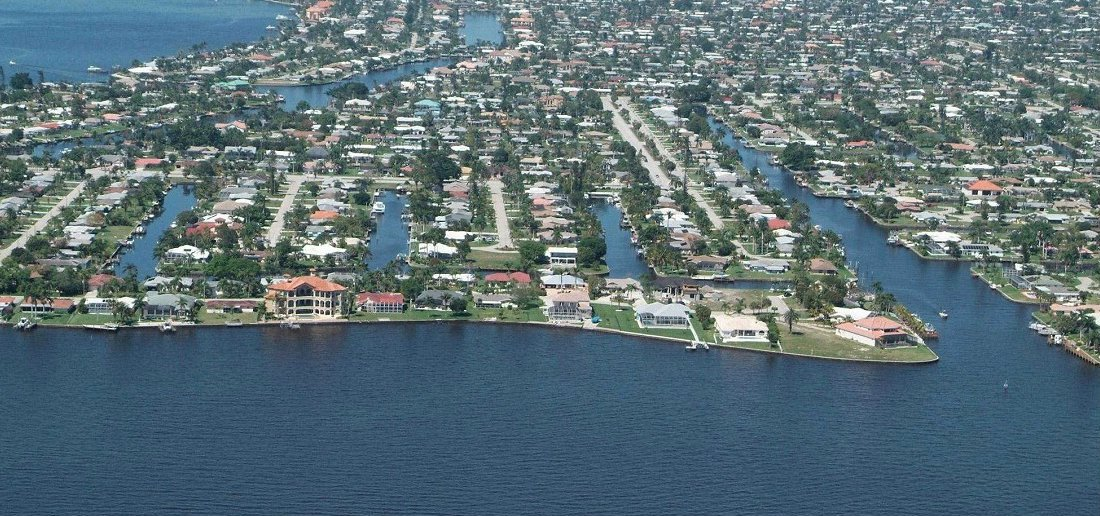 Find Condos for Sale in River Towers Condo area of Cape Coral