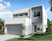 10381 Nw 68th Ter, Doral image