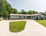 2479 Barwood Dr, Greenbrier image