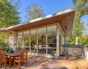 6519 Lakeview Dr, Falls Church image