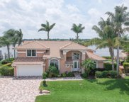 8594 SE Water Oak Place, Tequesta image