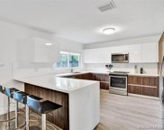 2098 Alamanda Dr, North Miami image