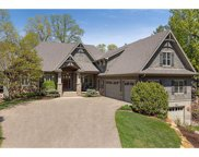 6387 Cliffwood Circle, Victoria image