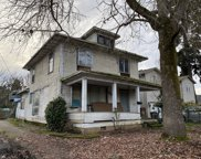784 YOUNG  ST, Woodburn image