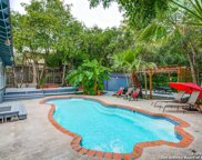 215 E Sunset Rd, San Antonio image