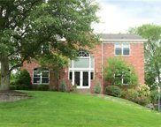 127 Hickory Height Dr, South Fayette image