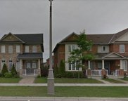 570 Hoover Park Dr, Whitchurch-Stouffville image