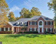 7501 Weymouth Hill   Road, Clifton image