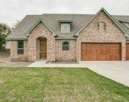 5133 Curzon Avenue, Fort Worth image