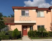 673 Nw 208th Ter, Pembroke Pines image