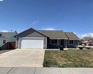 2501 Iris, West Richland image