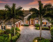 6933 Lacantera Circle, Lakewood Ranch image