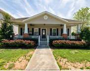 702 Stratford Ave, Sweetwater image