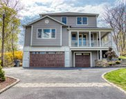 15 South Crescent Drive, Elmsford image