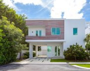 6730 Nw 106th Ave, Doral image