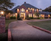 690 Forest Oaks Drive, Fairview image