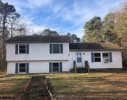 808 Wintergreen Ct, Galloway Township image