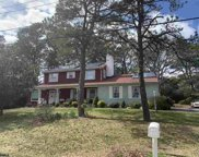 303 Burning Tree Blvd, Absecon image