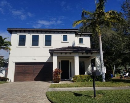 813 W Coral Street, Tampa
