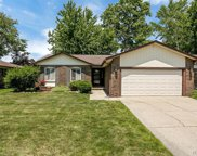 5017 Armonk Dr, Sterling Heights image