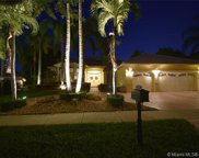 2707 Meadowood Ct, Weston image