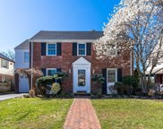 112 Voorhis Ave, Rockville Centre image