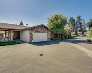 275 Roble Ave, Redwood City image