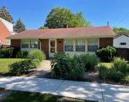 9519 Henrietta Avenue, Brookfield image