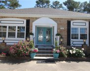 2128 E Kendall Circle, Northeast Virginia Beach image
