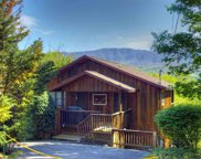 527 Deer Path Lane, Gatlinburg image