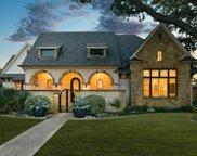 11122 Edgemere Road, Dallas image