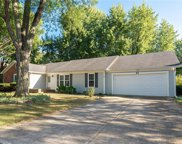 55 Apple Tree  Circle, Fishers image