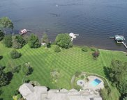 5315 Howards Point Road, Shorewood image