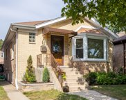 5830 N Melvina Avenue, Chicago image