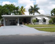913 Ne 2nd St, Hallandale image