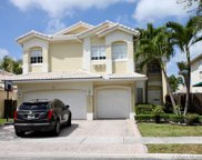 7060 Nw 107th Pl, Doral image