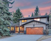 6813 Lowell Court Sw, Calgary image