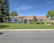 6604 Saddleback, Bakersfield image