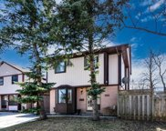104 Mayvern Cres, Richmond Hill image