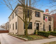 1705 West Rosehill Drive, Chicago image
