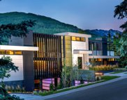 165 Forest  Road, Vail image