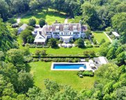 161 Feeks  Lane, Locust Valley image