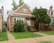 5819 West Eastwood Avenue, Chicago image