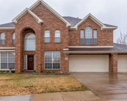 5556 Thornberry Drive, Fort Worth image