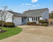 41 Drake Ave, Bellport image