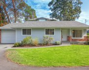 875 Clarke  Rd Unit #B, Central Saanich image