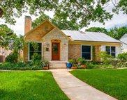2323 W Colorado Boulevard, Dallas image
