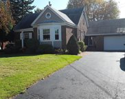 8 ALFRED DR EAST, Colonie Tov image