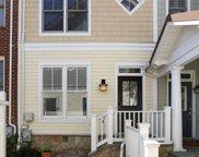 2805 11th  N Street N, Arlington image