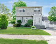 1636 Dale Ave, East Meadow image